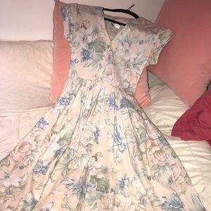 Vintage 1980s Party Tea-length Floral Dress!